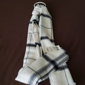 Lucky Brand Accessories - Scarf